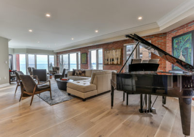 luxury-lakeshore-condo-17