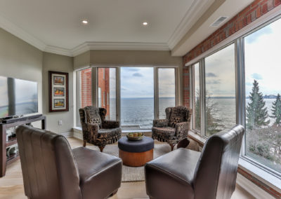 luxury-lakeshore-condo-22